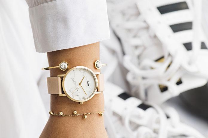 Modny zegarek dla nastolatki