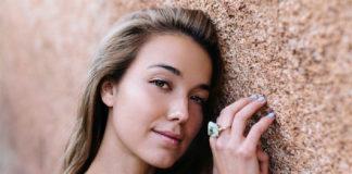 Biżuteria srebrna - element ozdobny wielu kobiet, niezależnie od wieku