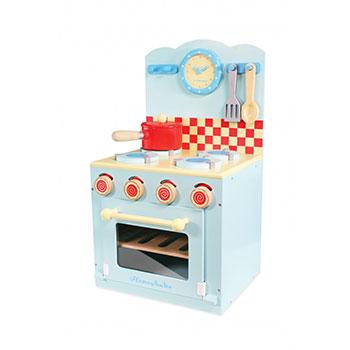Drewniana kuchnia dla dziecka