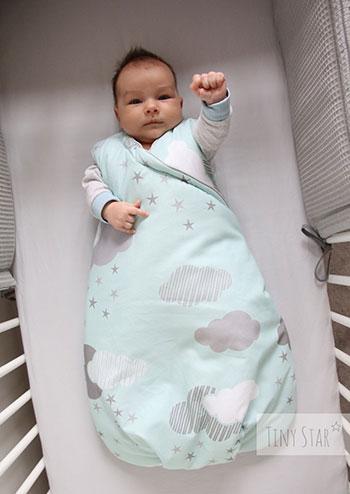 Pościel do łóżeczka niemowlęcego. Czego potrzebujesz?